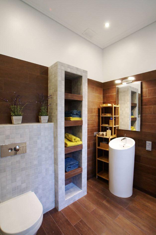 Обзор Отделочных Материалов Стен Ванной Комнаты. Деревянная отделка для повседневной ванной комнаты с круглой трубчатой раковиной и стеллажами